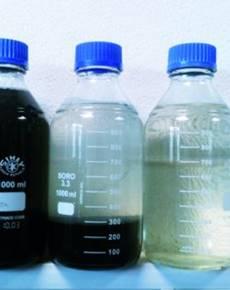Wasseraufbereitung-Probeflaschen-klein_BGS-Strate-Wasserhochdrucktechnik